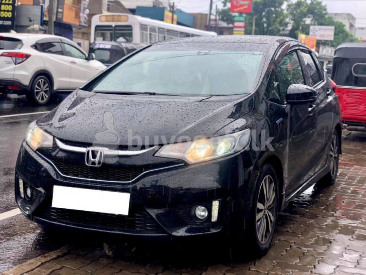 HONDA FIT GP5 S GRADE YOM 2016 for sale in Colombo