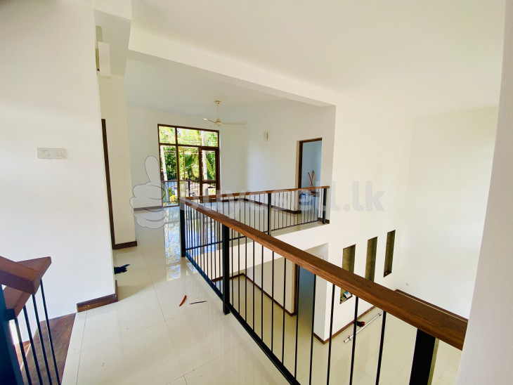 Brand New House for sale thalawathugoda for sale in Colombo