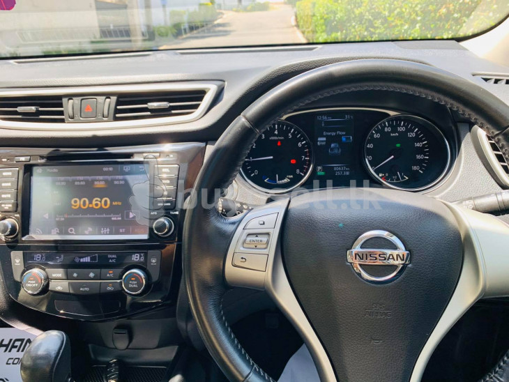 Nissan X-Trail Mode Premier 2016 for sale in Colombo