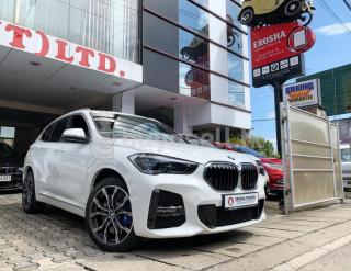 BMW X1 S DRIVE 18i 2019 for sale in Gampaha